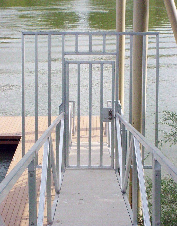 Wahoo Aluminum Docks Security Gate