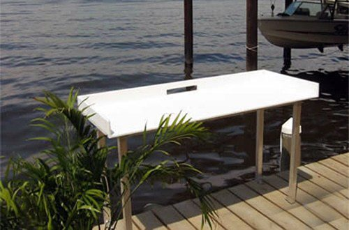 fish table on wahoo aluminum dock with composite decking